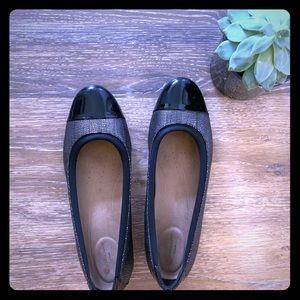 Clarks Black and Silver Cap-toe flats